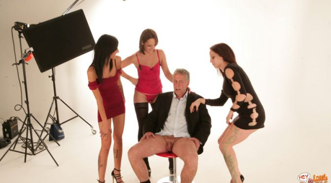 Wild photographer gets unwrapped, laughed at and stroked by 3 babes